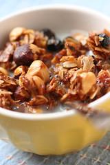 Hazelnut-Coconut-Blackcurrant Granola
