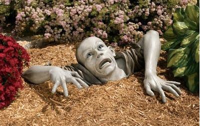 zombielawnsculpture