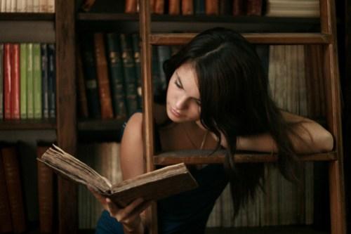 ratita de biblioteca by Celeste