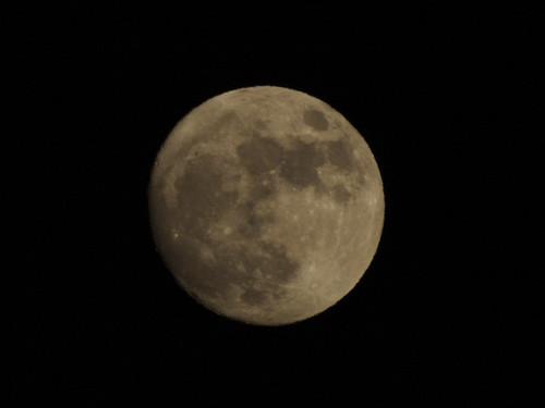 Moon over Fremont.jpg