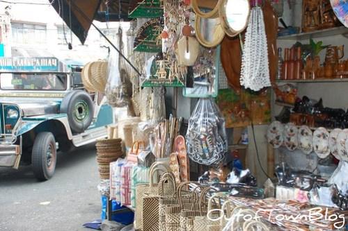 Quiapo Souvenir shops
