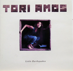 cdcovers/tori amos/little earthquakes.jpg