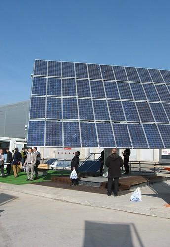 Panel Fotovoltaico Policristalino con seguimiento  Feria Genera Madrid Febrero 2008