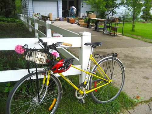 Garage sale-ing by bike