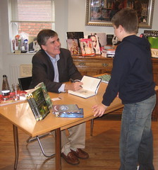Rick Riordan and fan