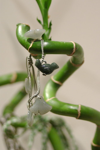 TEMOA - Bracelet oiseau et feuilles de jingko en Jade de Chine, Kanikan