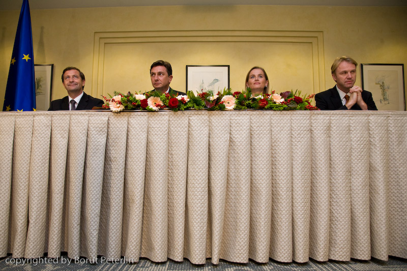 podpis koalicijske pogodbe 20081113_3674 foto Borut Peterlin