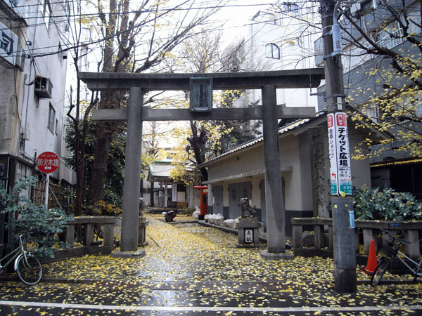 銀杏岡八幡神社 1