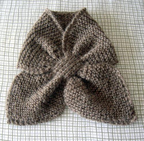 Kates bowtie scarf in pure baby alpaca