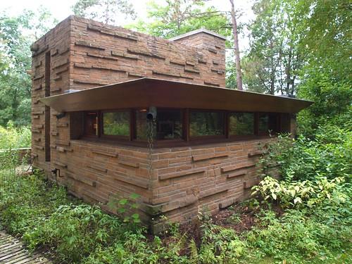 Seth Peterson Cottage Exterior