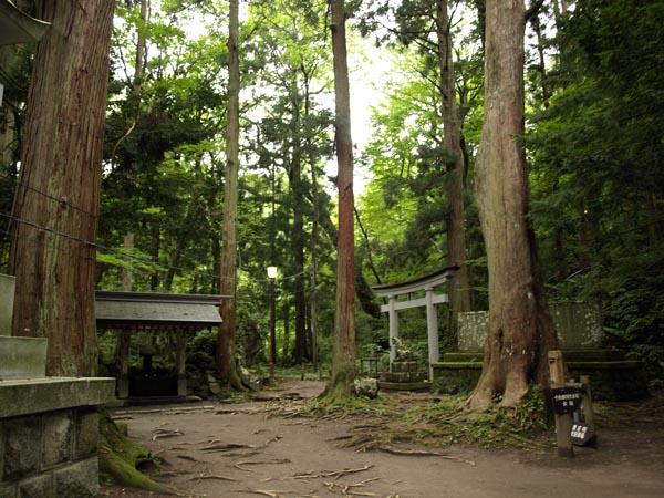 十和田神社 3