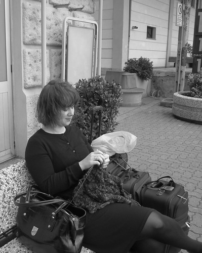 Knitting the Tuscany Shawl at the Train Station
