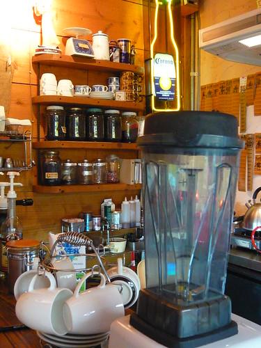 Cafe Street的冰沙機是台灣製的...