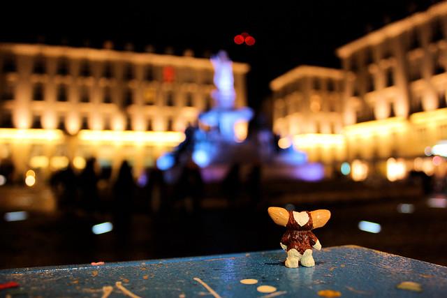 Gizmo sur la Place Royale