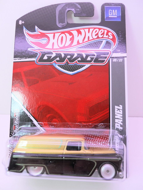 hot wheels garage chevy panel (1)