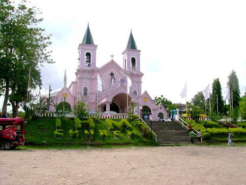 Next is Minglanilla, with its pretty spacious park, the gothic inspired peach colored church is a site to behold. On the side of the Iglesia is a prayer room -I'm not sure what was its original purpose, which seem to be the only remaining old structure in the compound, made with cut corals stones and tisa roof. Although the church has been restructured several times, it still reveals its splendor even with its modern rebuilding, the old design remains, it's still a charming church.