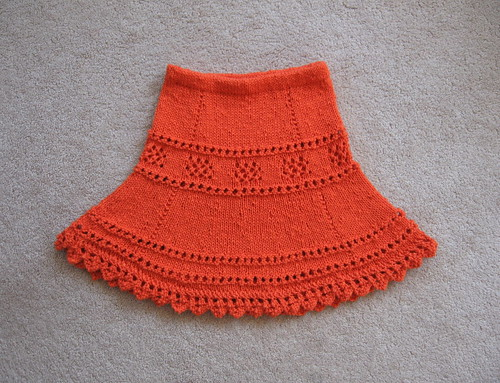 * OMG, what an adorable skirt for a little girl! Almost wish my nieces were still that little!