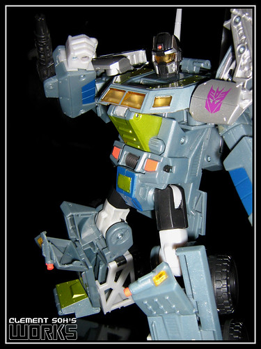 Transformers Universe Onslaught