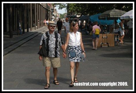 DSC_0115A-Ralph & Andrea on Street