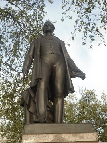Statue of Robert Peel. Image credit alex drennan on Flick'r