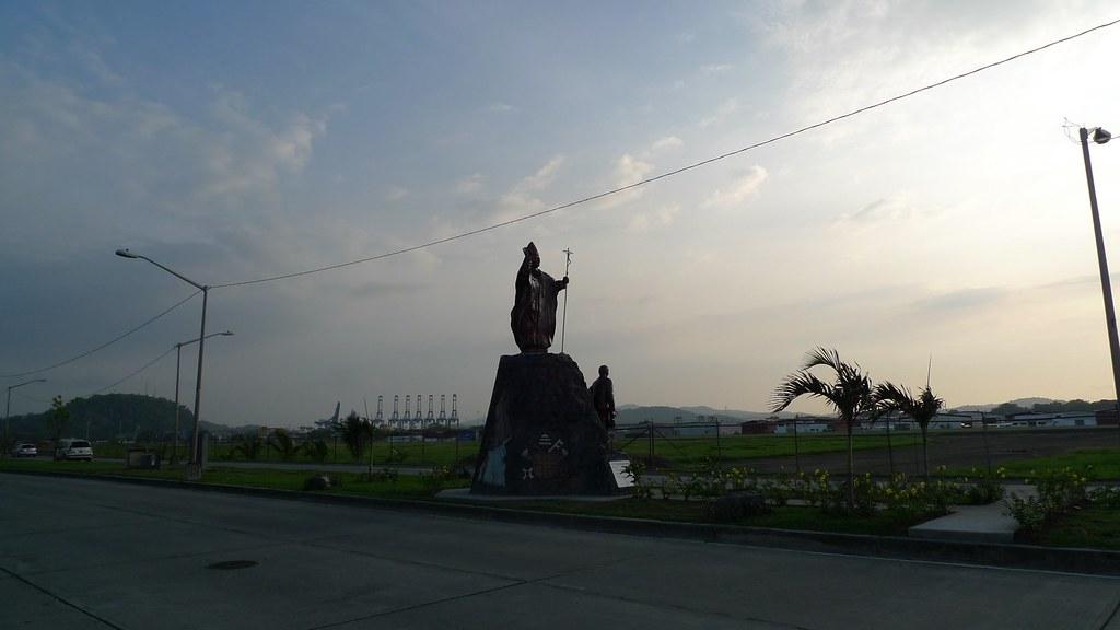 habemus monumentum