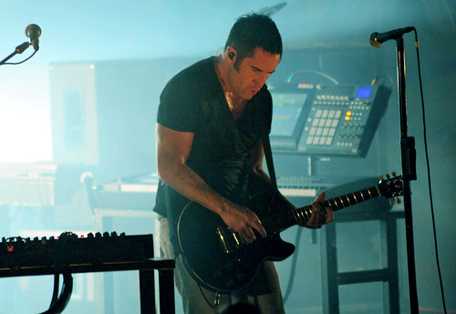 20090609 - Nine Inch Nails - Trent Reznor (playing guitar) - (by Elizabeth Bouras) - 3615995804_5582cd6d80_o