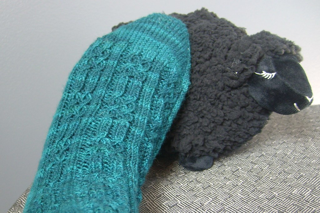 090123 knice socks
