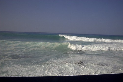 SURF AT BANYONS