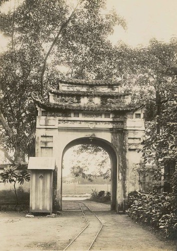 West Gate of Thang Long Citadel (inside)