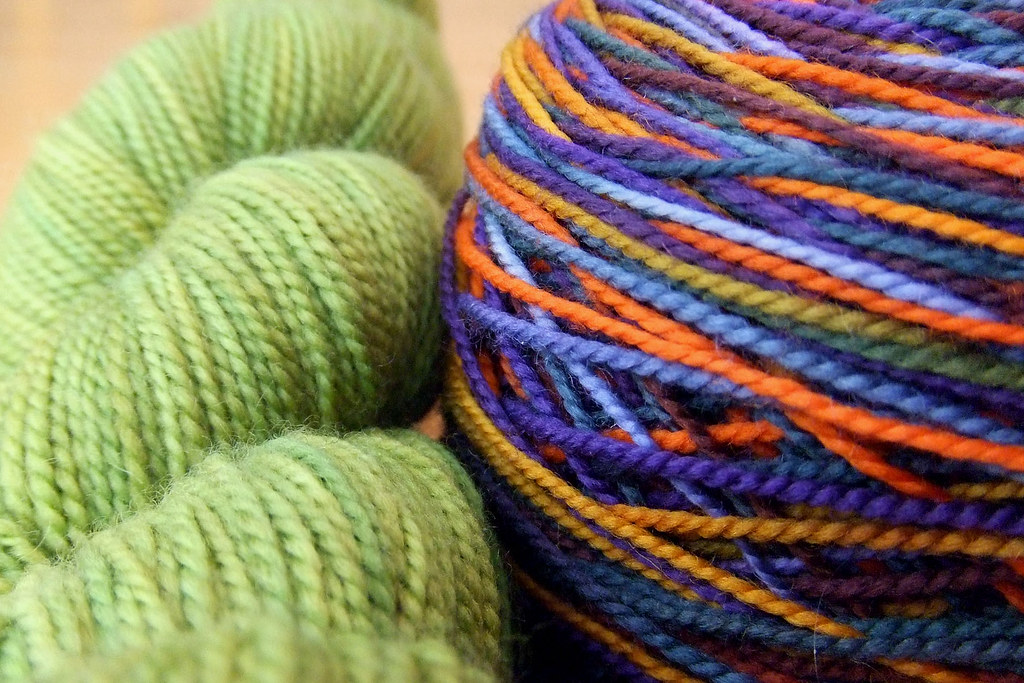 090202_parrot yarn