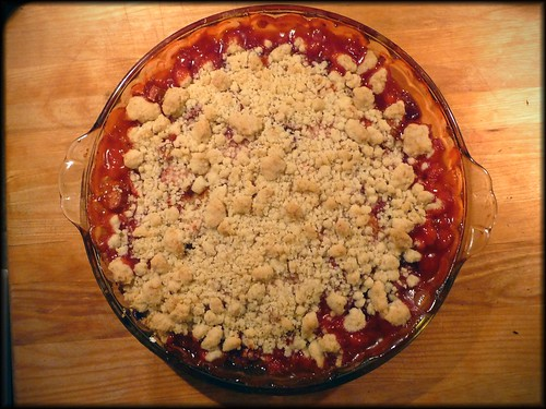 strawberry rhubarb and peach crumble