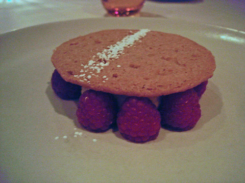 Butter Cookie, Coconut Cream, Raspberries