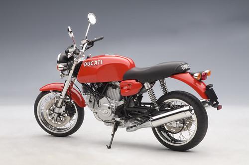 Novità moto e scooter 2009