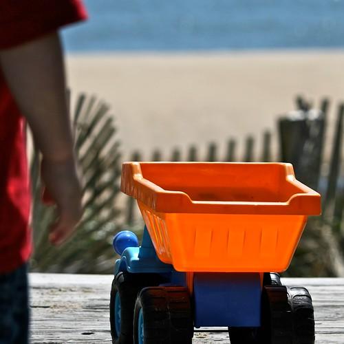 dump truck for a dune by redpen21.