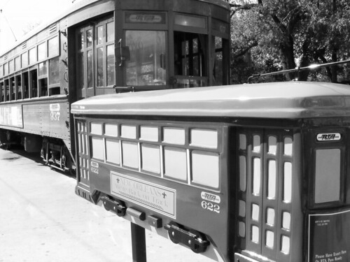 streetcar with car stop marker