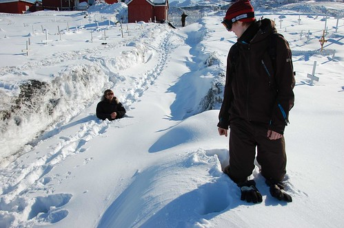 There was some seriously deep snow in that town. Neither my brother no my sisters boyfriend are short men...