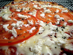 Close-up of the finished pizza.