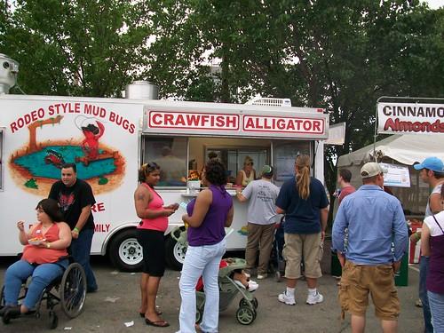 Crawfish/alligator tent