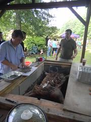 Pig Picking 2011-10