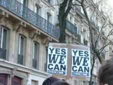 Yes We Can Overcome. Manifestation contre la réforme du statut des enseignants chercheurs.