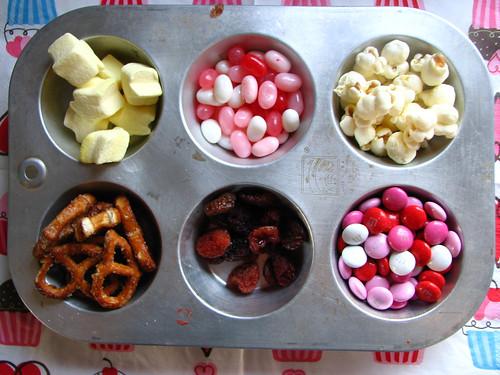 snack happy love mix