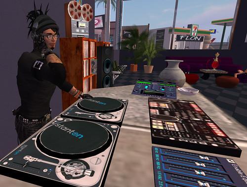 DJ cr0w Dagger spins the funk