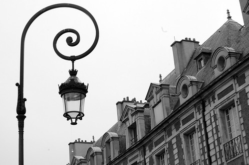 Lampost Place du Vosges, Paris