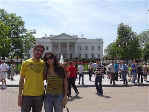 A gente na frente da Casa Branca, ou melhor, na frente da fachada norte