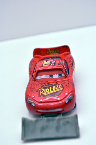 disney cars lightning mcqueen with shovel (3)
