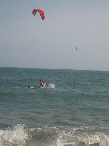 """Ok, doesn't quite show up, but I did get up and """"surf"""", for a short awhile. This is a """"water start""""."""