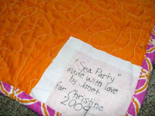 the label. i always label my quilts! also, check out the binding, i made it myself!