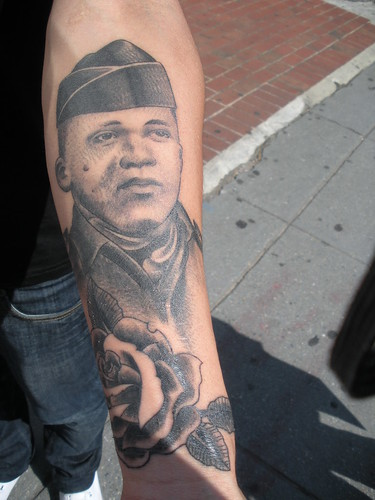 Marines complain that the policy permitting tattoos on army tattoos