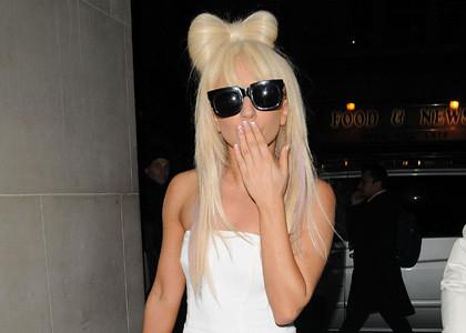 Lady Gaga Bow-Tie Hair by sepiabb