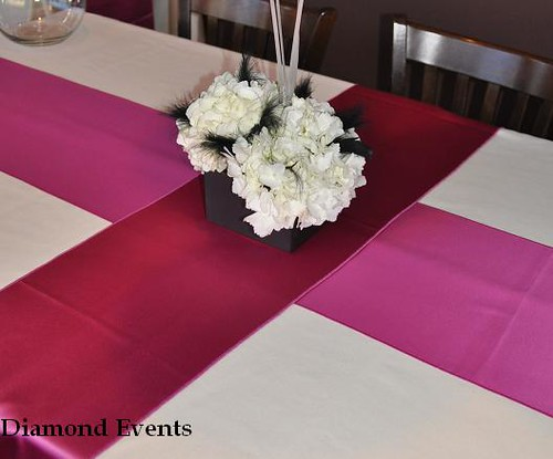 Feather and Hydrangea centerpiece